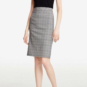 ANN TAYLOR Glen Plaid Flounce Back Skirt Greystone